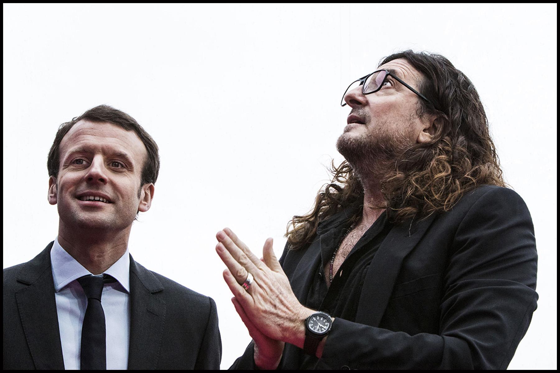 Jacques-Antoine GRANJON, PDG et fondateur de Vente-privée.com accueille Emmanuel MACRON pour l'inauguration du nouveau batiment de vente-privée à Saint-Denis.
