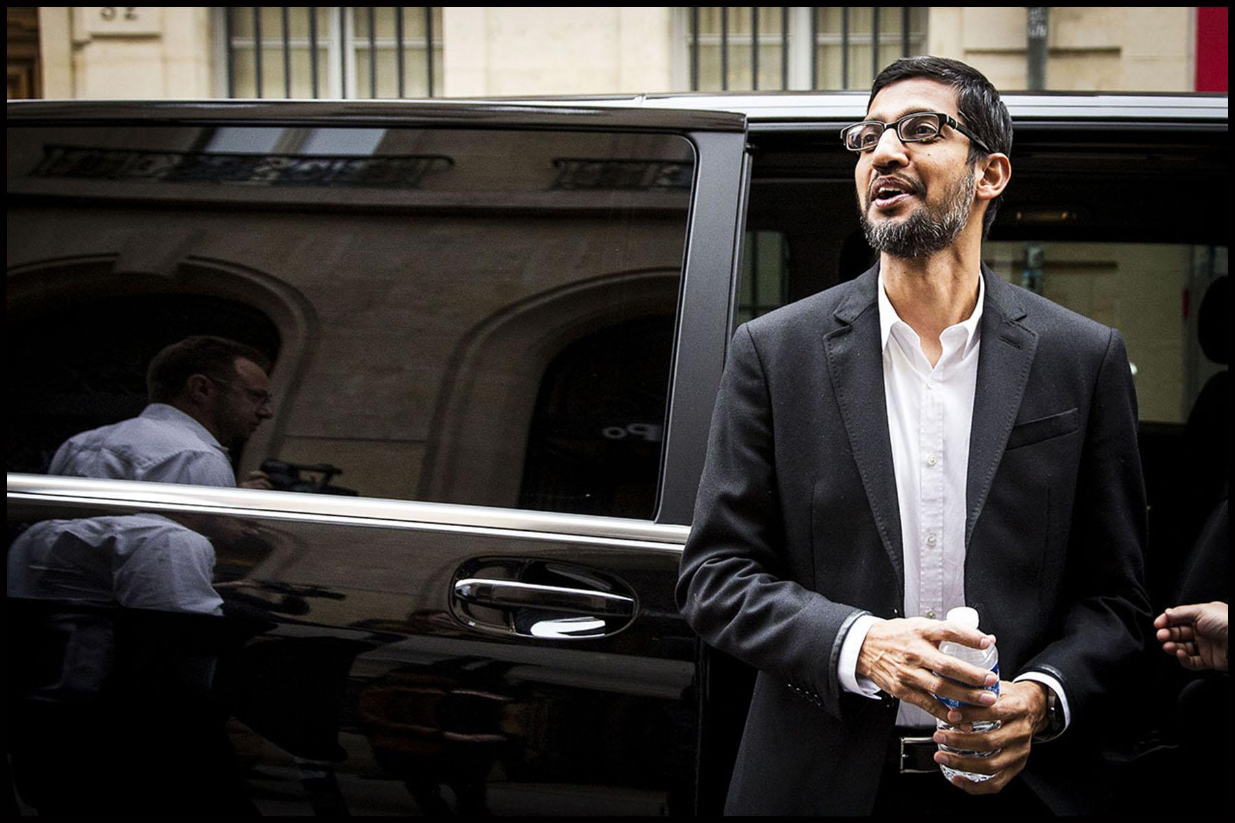 Sundar PICHAI, le PDG de Google à son arrivée à Science-Po