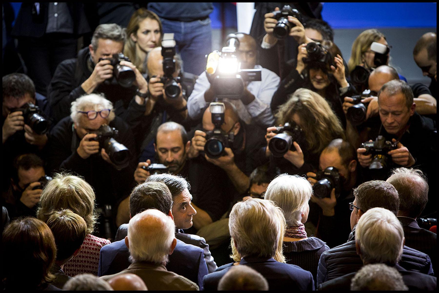 Dernier meeting de François FILLON avant le second tour des primaires de la droite et du centre à la porte de Versailles