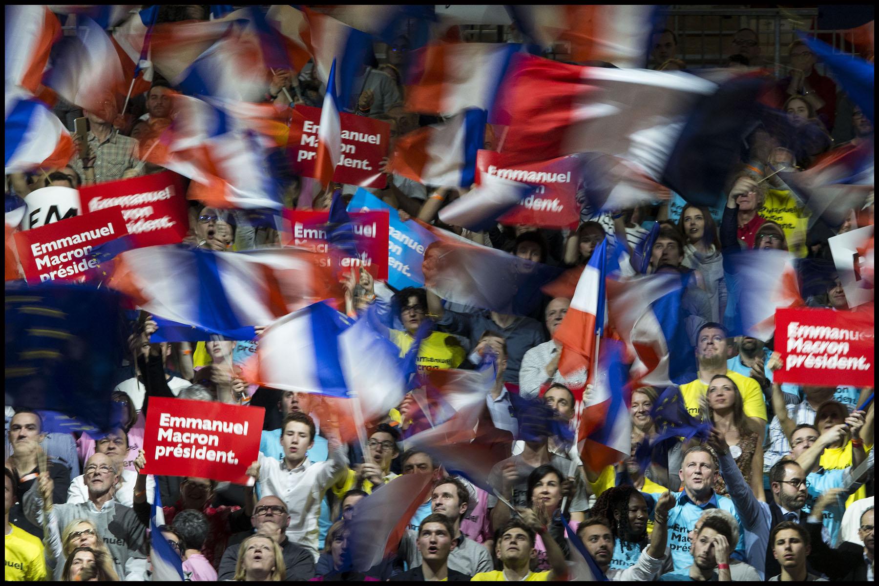 Discours d'Emmanuel Macron, le leader du mouvement En Marche! et candidat à l'élection présidentielle de 2017, au palais des sports de Lyon.