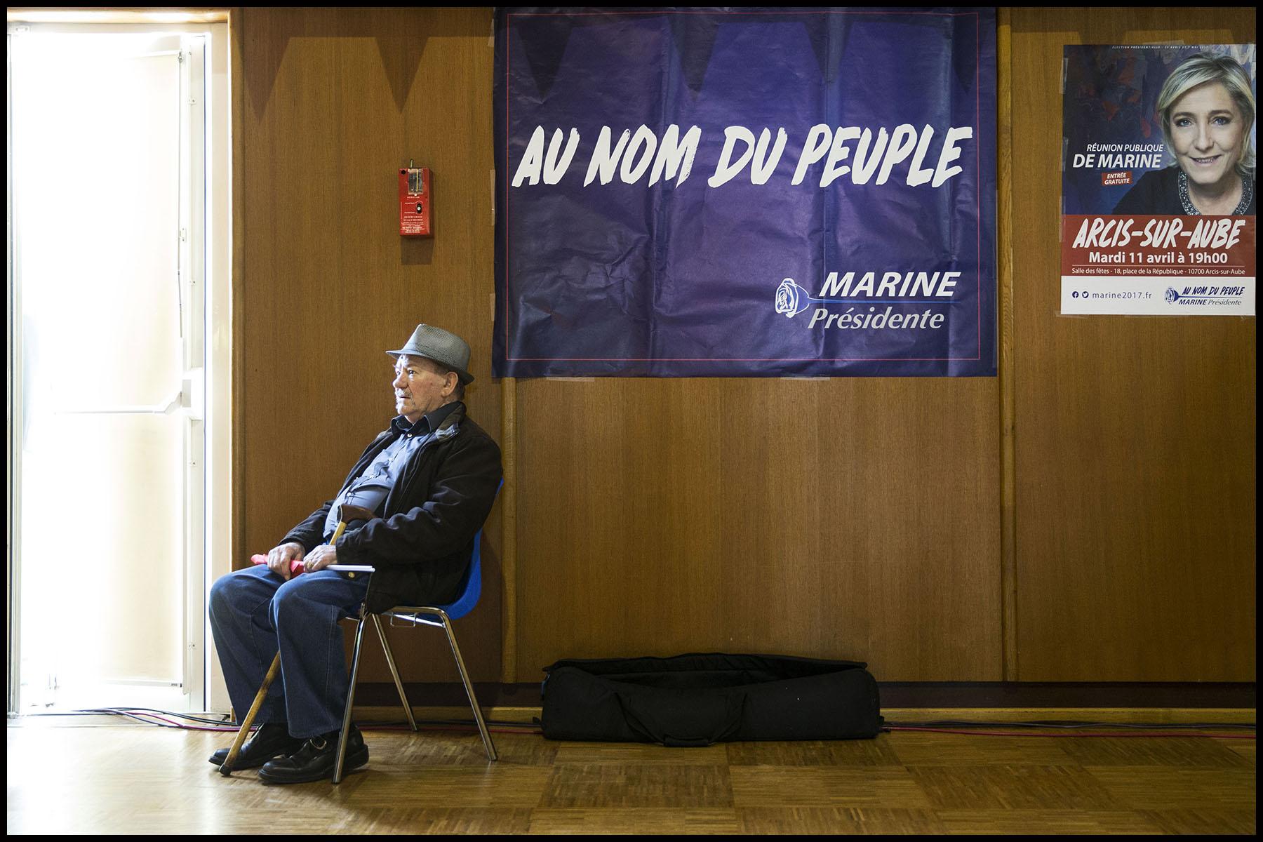 Meeting de Marine Le PEN à Arcis-sur-Aube