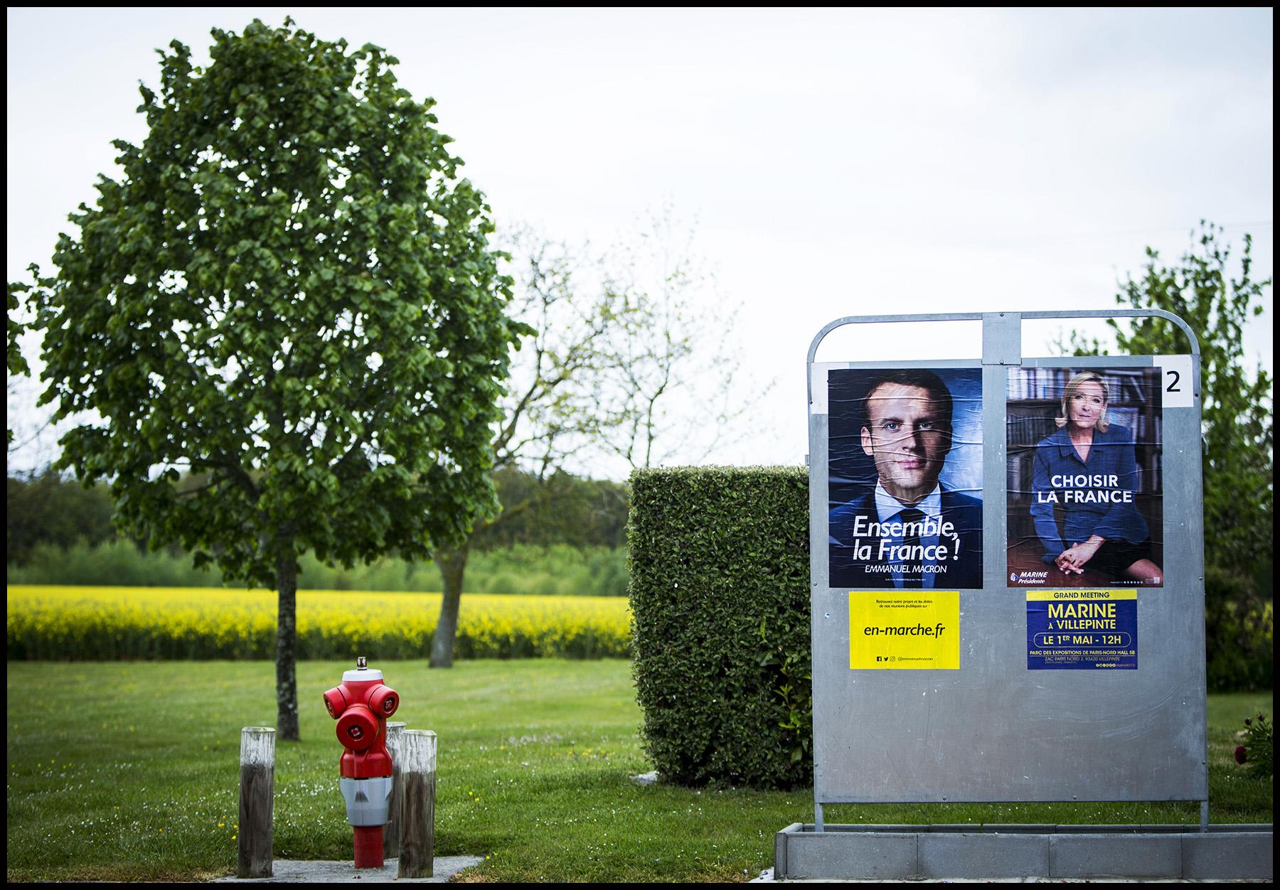 Les affiches du second tour de l'élection présidentielle de 2017