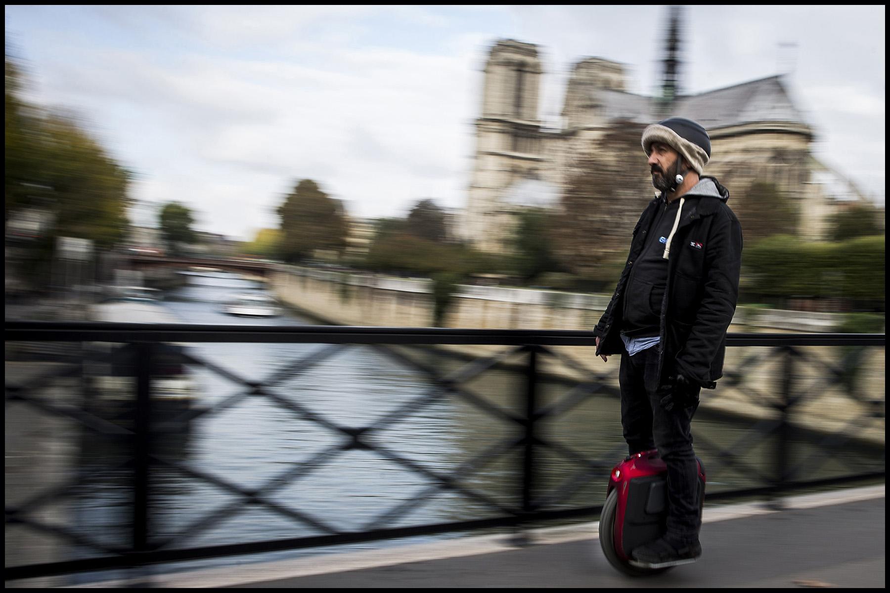 Les parisiens et les moyens de transports alternatifs.
