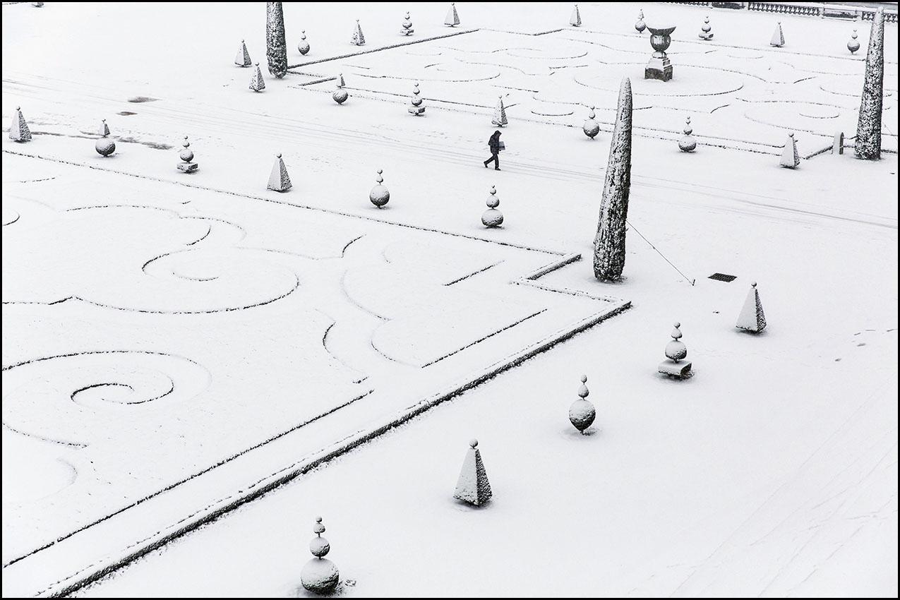 Le parc du Château de Versailles sous la neige.