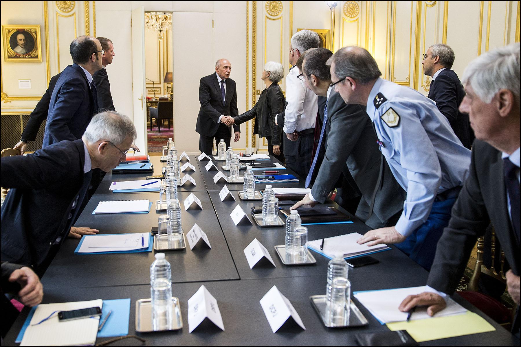 Réunion d'Etat-major autour de Gérard COLLOMB au ministère de l'intérieur