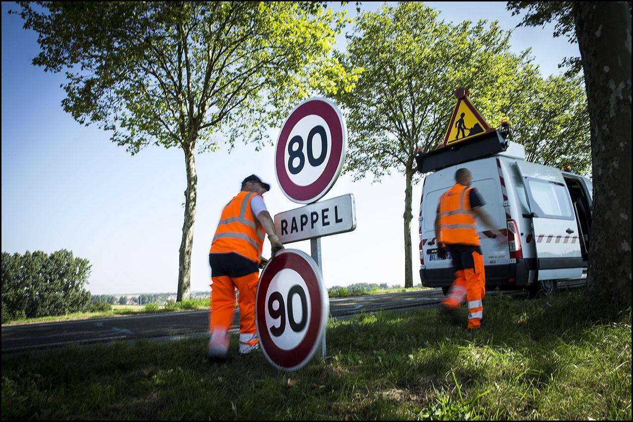 La vitesse sur les routes sans séparateur central passe de 90 à 80 km/h à partir du 1er juillet 2018