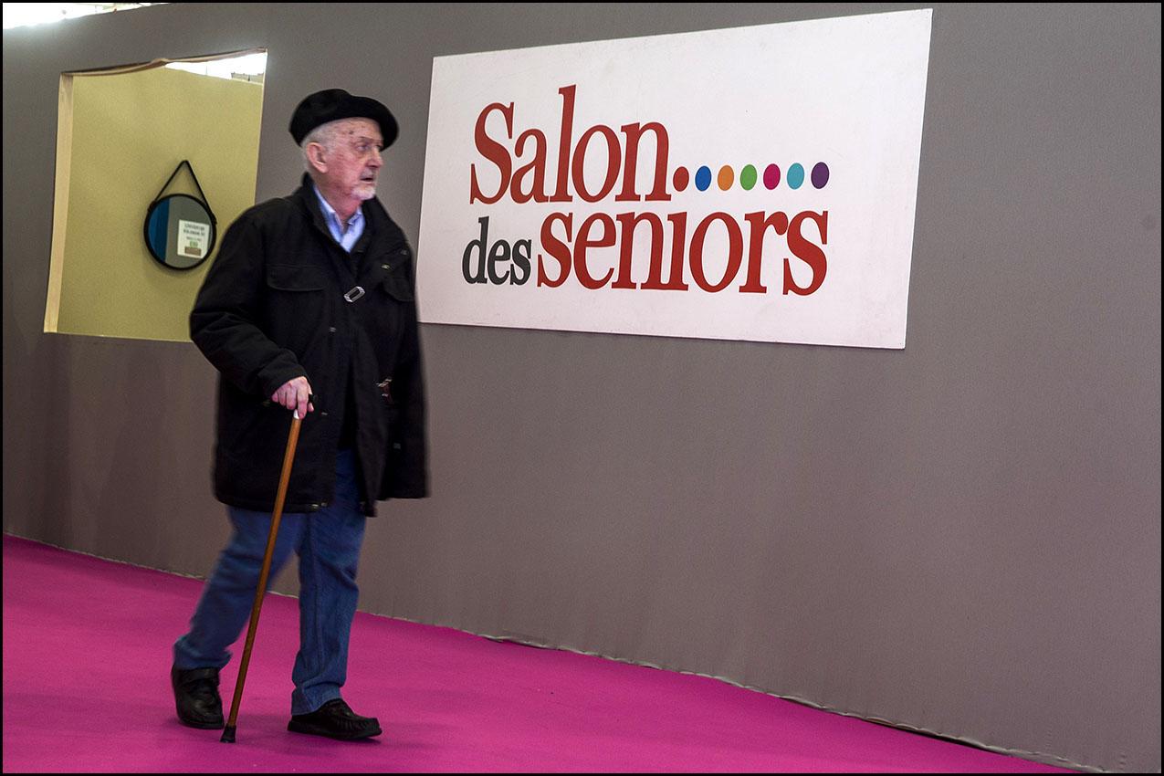 Au salon des seniors, porte de Versailles.